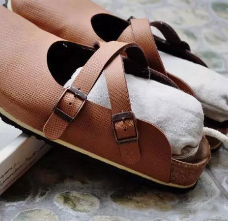 鞋子已发霉的处理方案-抗菌剂/防霉剂/干燥剂/防霉片厂家批发